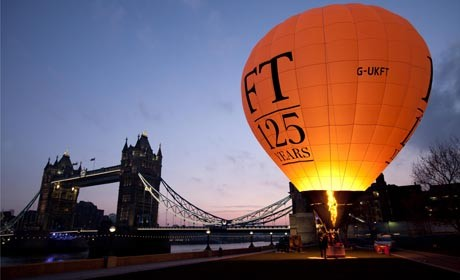 FT_125_balloon_at_Tower_Bridge.jpg_resized_460_